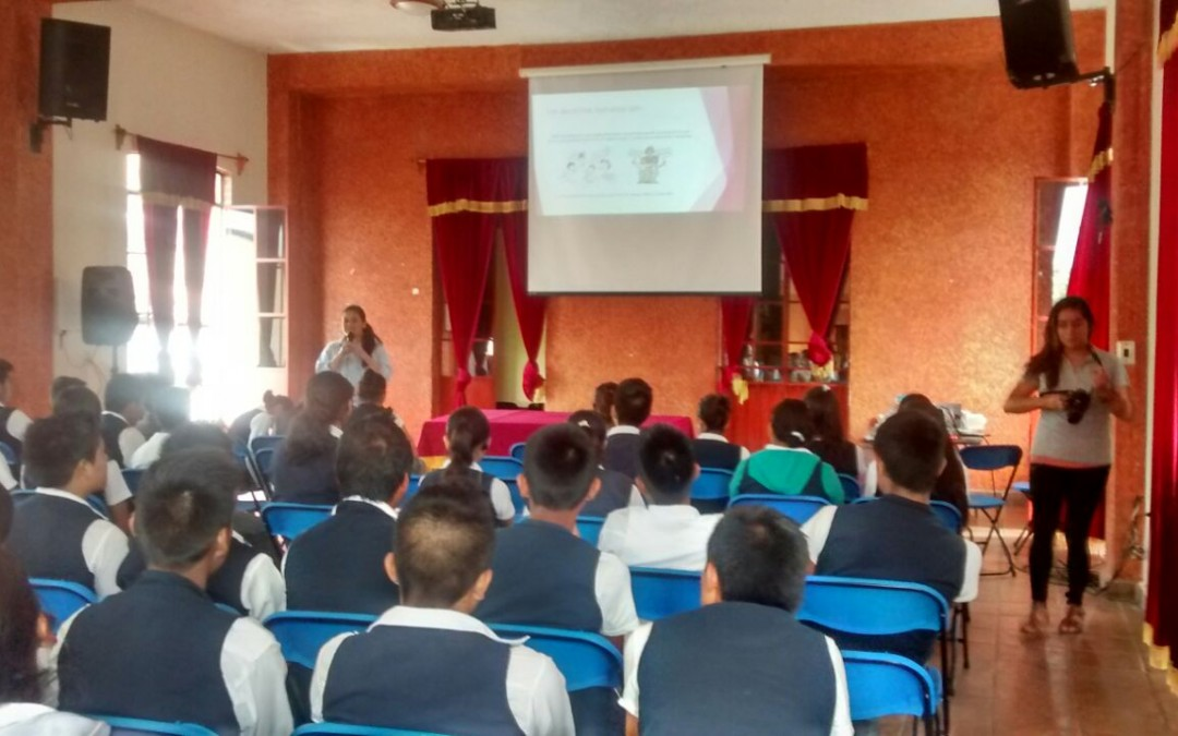 Integrantes del Área de Género y Educación Integral de la Sexualidad realizan talleres sobre Derechos Sexuales y Reproductivos