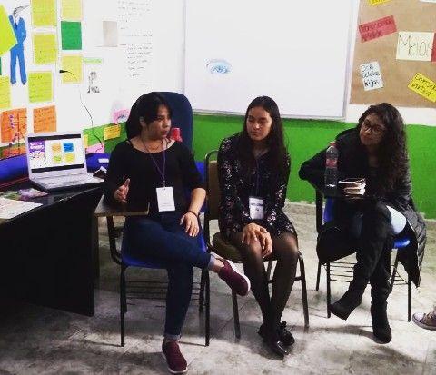 Plática sobre métodos anticonceptivos y derechos sexuales y reproductivos, en el Centro Universitario Hidalguense